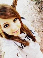 Follow My Twitter @AmandaAbel7