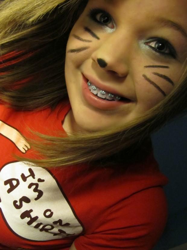 Meow . ;333