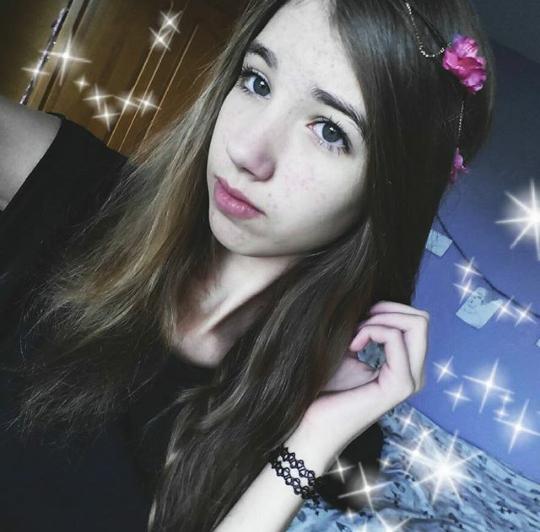 Hi, my instagram is @serenacxt :)